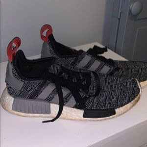 Adidas NMD WHITE/GREY/HINT OF RED